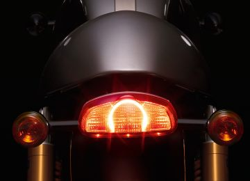 Thruxton_R_Detail_Rear_Light_CROP